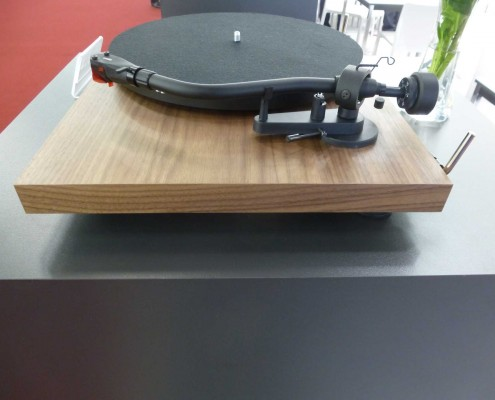 High End 2016 - Pro-Ject-Player mit S-Shape-Tonarm